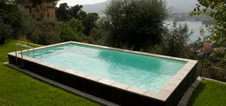 piscine semi enterrée en bois d extérieur dolcevita laghetto