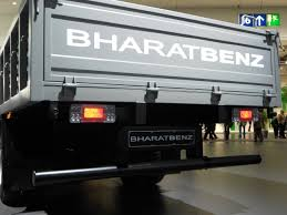 File:BHARATBENZ Light Duty Truck 914 R. Tail 1. Spielvogel 2012.JPG ...