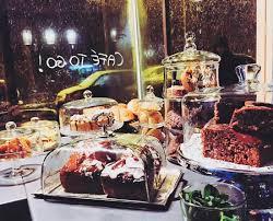 kuchentheke beinhaltet auch glutenfreie und vegane kuchen