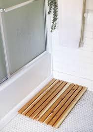 Christmas Red Bathroom Rugs by Diy Cedar Bath Mat The Merrythought