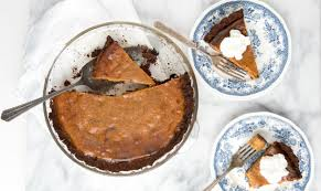 Gingersnap Pumpkin Pie Crust grilled pumpkin pie with smoked crust barbecuebible com