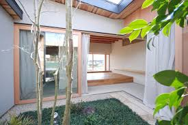 100 Court Yard Houses A Modern Japanese Courtyard House Mitsutomo Matsunami Small