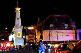 Image Tugu Jogja Tempat Wisata Menarik Romantis Di Malam Hari