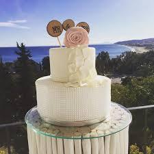 Petal Drop Rustic Wedding Cake Weddingcake Weddingidea Beachwedding Fincawedding