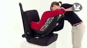 siege auto pivotant bebe 9 installation du siège auto groupes 0 et 1 milofix de bebe confort