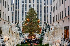 Rockefeller Christmas Tree Lighting 2018 by The Rockefeller Center Tree Lighting Is Just Weeks Away Urbanmatter