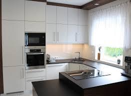 der kleine luxus in jeder küche weinkühlschrank design
