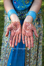 Henna Designs Ink | Ottawa's Choice For Natural Henna Tattoos And ... Top 10 Diy Easy And Quick 2 Minute Henna Designs Mehndi Easy Mehendi Designs For Fingers Video Dailymotion How To Apply Henna Mehndi Step By Tutorial 35 Best Mahendi Images On Pinterest Bride And Creative To Make Design Top Floral Bel Designshow Easy Simple Mehndi Designs For Hands Matroj Youtube Hnatrendz In San Diego Trendy Fabulous Body Art Classes Home Facebook Simple Home Do A Tattoo Collections