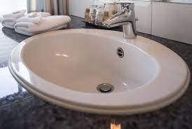 waschbecken verstopft was tun heimwerker tipps