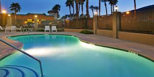 Holiday Inn Express & Suites Rancho Mirage Palm Spgs Area Hotel