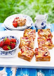 omas erdbeer rhabarber kuchen