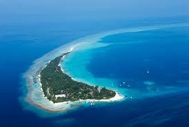100 Kuramathi Island Maldives Resort In The