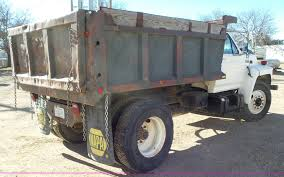 1994 Ford F700 Dump Truck | Item J6801 | SOLD! March 22 McBr...