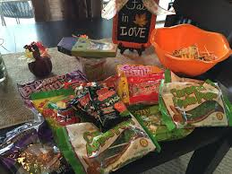 Halloween Candy Dish Dog Food by Dollar Tree Halloween Candy Haul Youtube