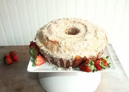Louisiana Crunch Cake with Butter Pecan Glaze