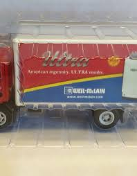 100 Ertl Trucks WeilMcLain GMC Delivery Truck ERTL 2005
