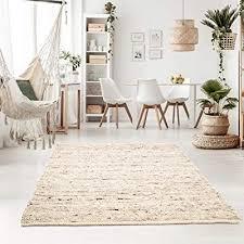heller teppich im skandinavischen landhaus stil landhaus