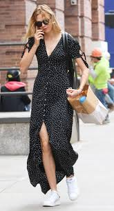 From Karlie Kloss To Jamie Chung Weve Curated A Few Celebrity Style Looks Get You Into The Summertime Spirit Right Now