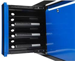 Kobalt Cabinets Extra Shelves by New Kobalt Tool Storage Combo Is More Than A Little Different