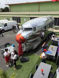 100 Food Trucks In Dc Today American Airlines Unveils DC3 Truck In Los Angeles