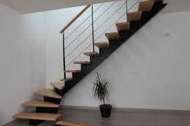 pose carrelage escalier quart tournant escalier tournant un quart escalier mtallique et bois dedans