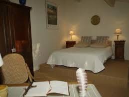 chambre d hote lussan chambres d hôtes sous les chênes chambres d hôtes lussan