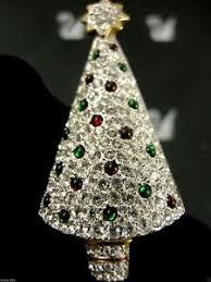 Image Is Loading SIGNED SWAROVSKI CRYSTAL CHRISTMAS TREE PIN BROOCH RETIRED