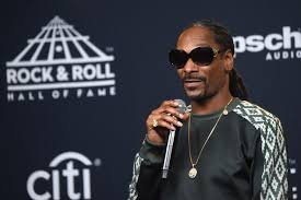 Snoop Dogg Says Hes Working On A Gospel Album