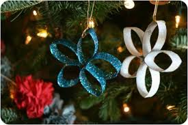 The Grinch Christmas Tree Star by 35 Spectacularly Easy Diy Ornaments For Your Christmas Tree