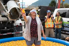 Duck In A Truck Raises $30,000 For Hospice   Rotary Club Of Squamish Mack Rs700 Rubber Duck Only 127 Update Truck Mod Ets2 Mod Meet Anthony Fox Owncaretaker Of This Original Rubber Duck 1970 Lego Ideas Product Ideas Convoy Rs 700 Ats 16x American Mack Rl700 124 Scale Models Truck Pinterest Pin By Peter Janowski On Automobile Models Lego Tshirt Andy Mullins A Pile Ducks Lie A During The City Festival Bunter 1978 R767st Salute To Antique And Classic Vintage Ertl Trucks World Die Cast Tanker