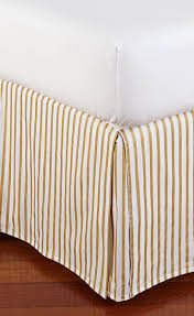 Bed Skirt Pins by 64 Best Emily U0026 Meritt For Pbteen Images On Pinterest Bedroom