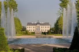 maison du monde si e social la maison la plus chère du monde simple babiole pour un prince