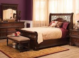 Vienna 4 pc Queen Bedroom Set