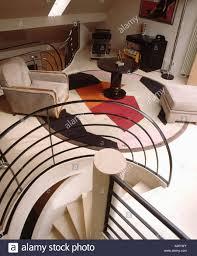 birdseye blick auf moderne wohnzimmer im 30er jahre stil mit