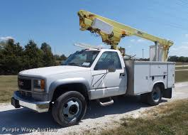 100 Altec Boom Truck 1999 GMC Sierra Classic 3500HD Bucket Truck Item DB6406