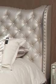 Hollywood Loft King Size Upholstered Platform Bed with Gem Tufting