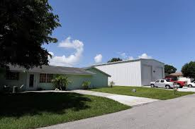 100 Storage Unit Houses Garages Storage Units May Have To Match Appearance Of Bradenton
