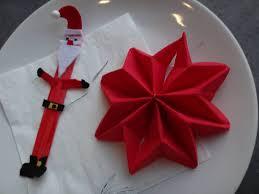 serviette de noel en papier noël pliage de serviette étoile de noël