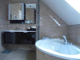 beau lino dans salle de bain élégant alexbartis
