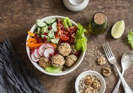 cuisiner équilibré comment manger sain les 4 règles à respecter madame figaro