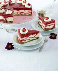 marmorierte erdbeer frischkäsetorte rezept lecker rezept