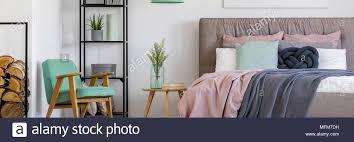 gemütliche skandinavischen schlafzimmer innenraum für eine
