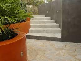 enduit beton cire exterieur kit de béton ciré haute résistance nuances minérales arcane