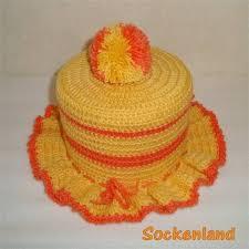 klopapierhut in gelb und orange und wunschfarbe der witzige kult klohut für gäste wc und badezimmer der toilettenpapierhut für die hutablage