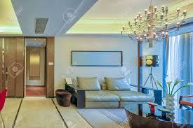luxus wohnzimmer und möbel mit gehobenen design und dekoration