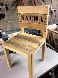 Wooden Pallet Small Cute Chair