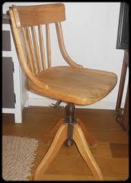 le ancienne de bureau ancienne chaise de bureau suisse lafabrik indus