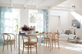strahlend weiße wände in wohn und esszimmer bild 29