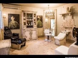 Salon Decor Ideas Images by Best 25 Vintage Salon Decor Ideas On Pinterest Vintage Salon