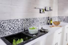 cuisine mosaique carrelage cuisine des modèles tendance pour la cuisine côté maison